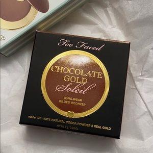 Chocolate Gold Soleil Bronzer plus Travel Size *